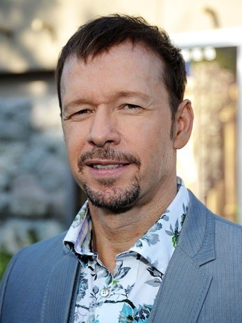 robert wahlberg net worth